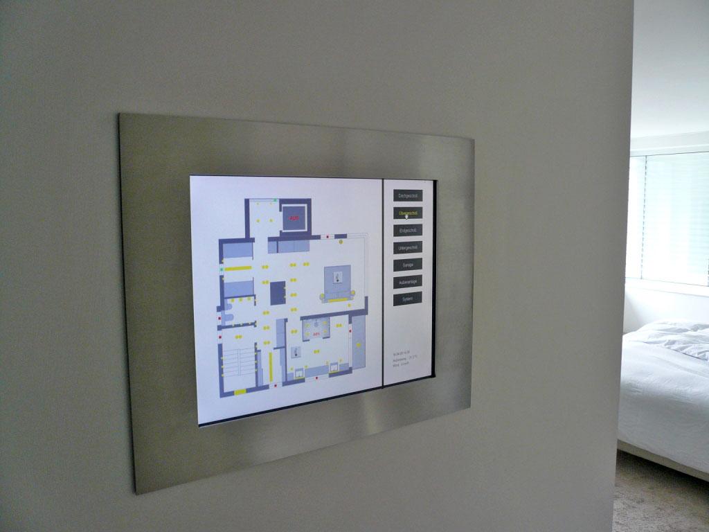 Elekroinstallation in modernem Einfamilienhaus